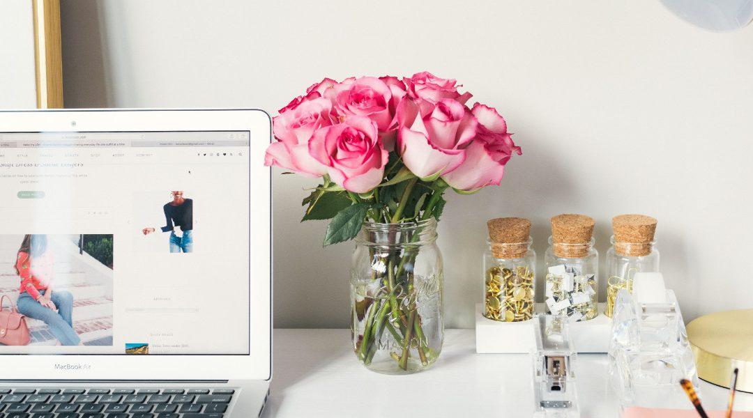 Lampka na biurko – wygląd czy ergonomia?