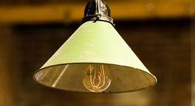 Konserwacja i czyszczenie żarówek i lampek - jak to robić poprawnie?