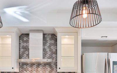 Jaka lampa do kuchni? Poradnik zakupowy