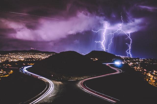 Burza jest pięknym i niebezpiecznym zjawiskiem atmosferycznym