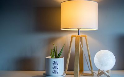 Zobacz, do czego przyda się stojąca lampa w salonie