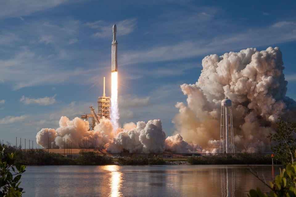 NASA planuje panele słoneczne na Księżycu